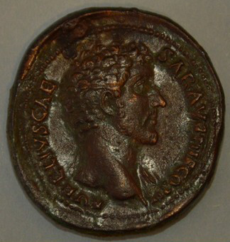 Sesterzio Marco Aurelio cesare RIC III 1246, dritto